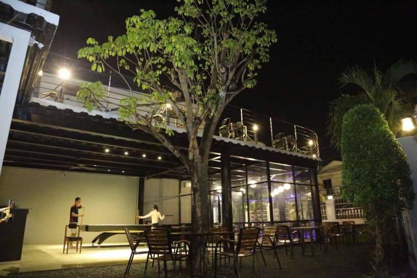 hotel cafe design